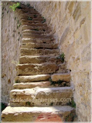 canakkale-kilitbahir-kalesi-merdivenleri