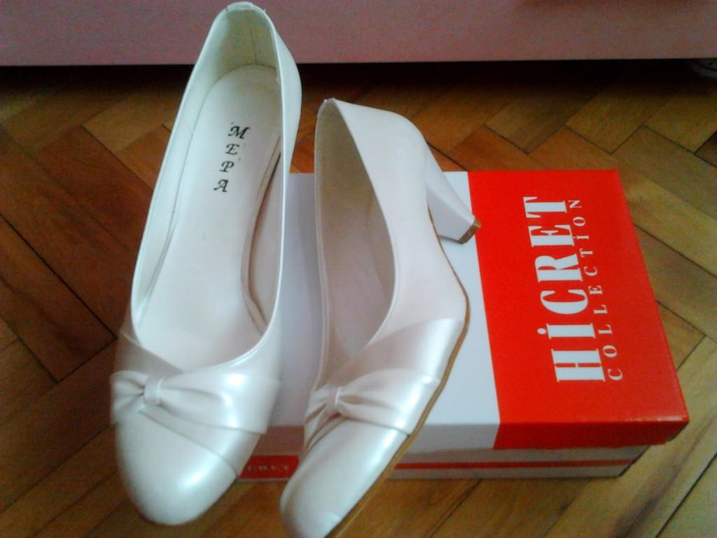 alçak topuklu gelin ayakkabıları