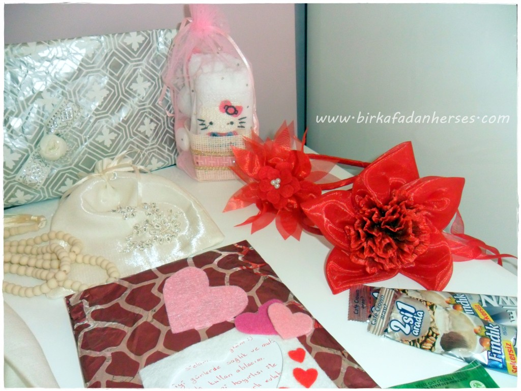 hediyeleşme etkinliği hediyeleri