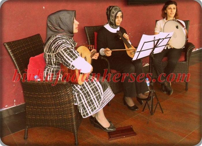 zühre pardesü anneler günü etkinliği 2012