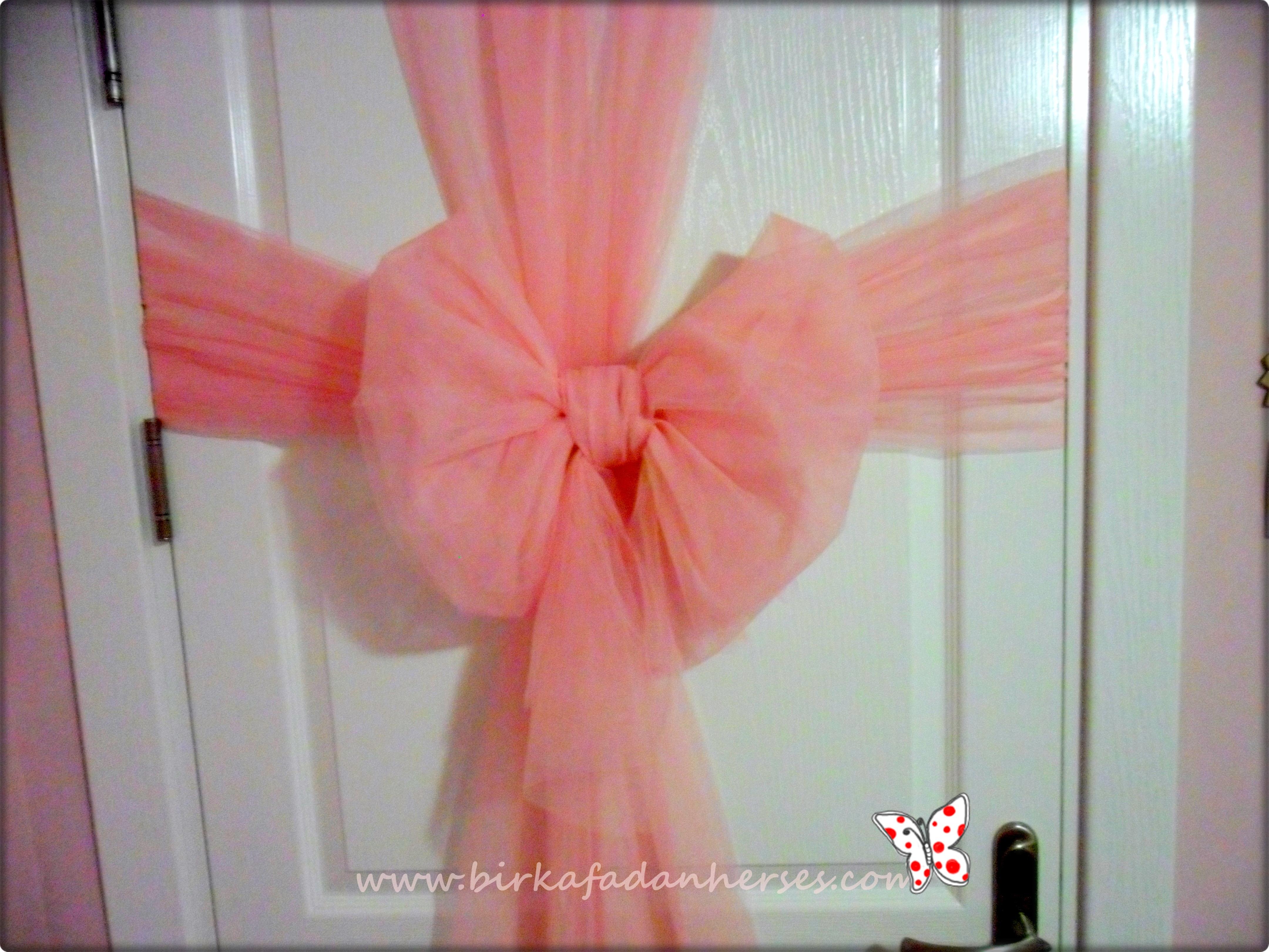 kapı süs tülü kapı arkası fiyonk süsleme