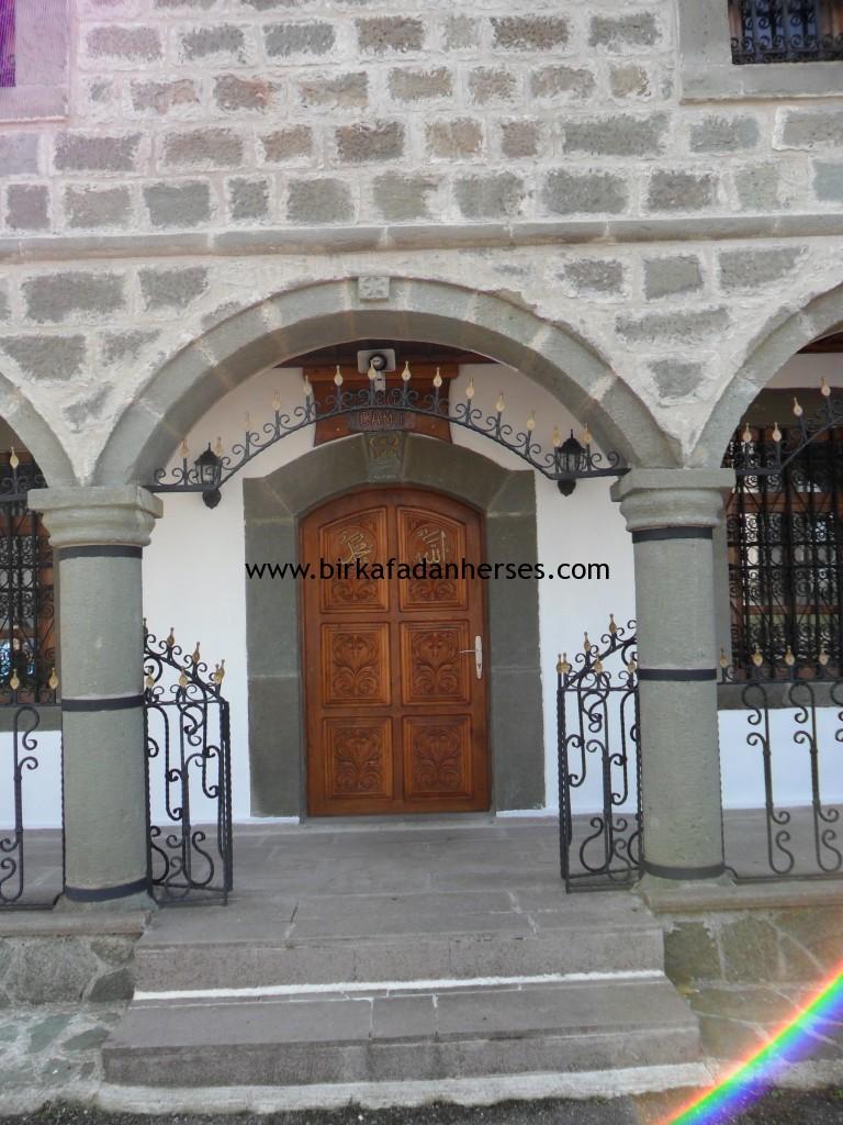 türkiyedeki en güzel cami kapıları