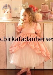 bayramlık çocuk elbisesi kombin resimleri