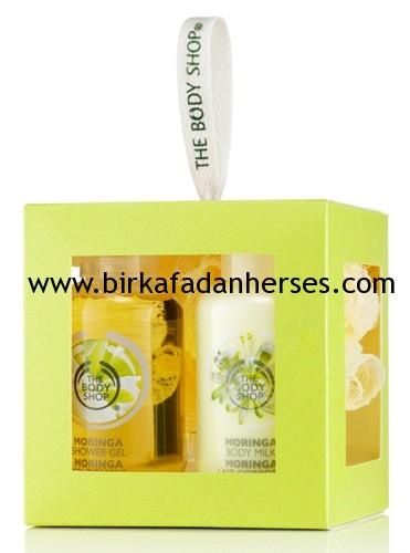 The Body Shop Moringa Çiçeği Özlü Vücut Bakımı Ürünleri moringa özlü duş jeli moringa özlü vücut sütü Yorumlarım
