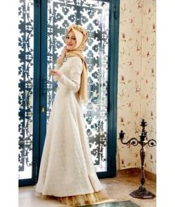 Gamze Polat 2015 tesettür nişan elbisesi