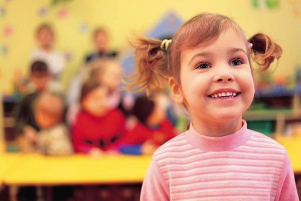 çoçuk kaç yaşında kreşe başlamalı 3 yaş dini kreşler