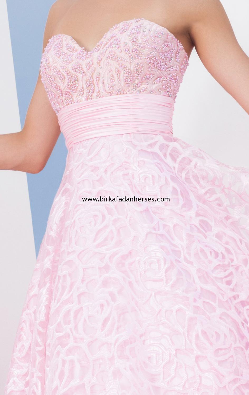 kalp yaka straples pembe mezuniyet elbisesi